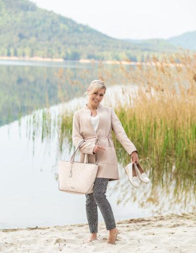 Profesionální brandové focení na web, Máchovo jezero,portrét, finanční poradce, botky